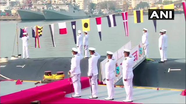 La Armada de la India incorpora el submarino INS Karanj tipo Scorpene