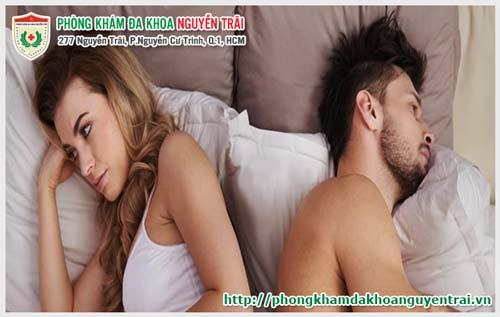 Nguyên nhân khiến phụ nữ đau rát sau khi quan hệ là gì?-phuongphapphathainoikhoa