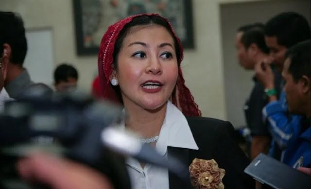 Atasi Banjir Jakarta, Anies Baswedan Perlu Ajak Wanita Emas Duduk Bareng Dulu