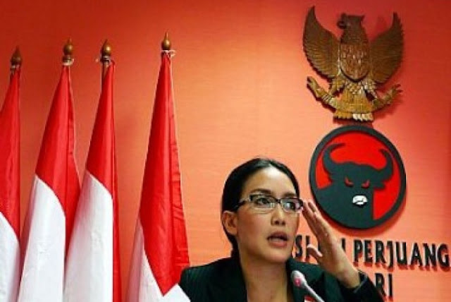 Pencopotan Rieke Upaya Penyelamatan Citra PDIP