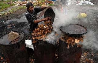 proses pembuatan arang batok kelapa