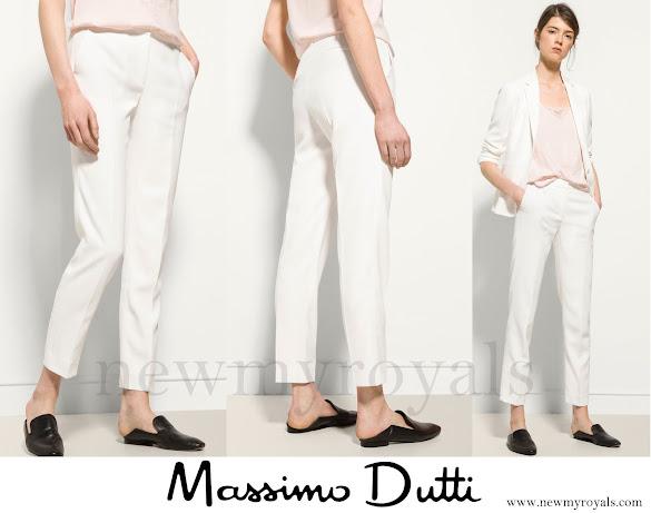 Queen Letizia wore Massimo-Dutti-Trousers