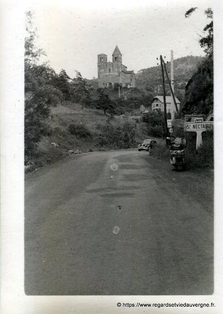 Saint Nectaire en photo noir et blanc ancienne