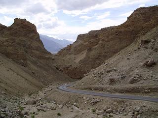 leh-ladakh-road
