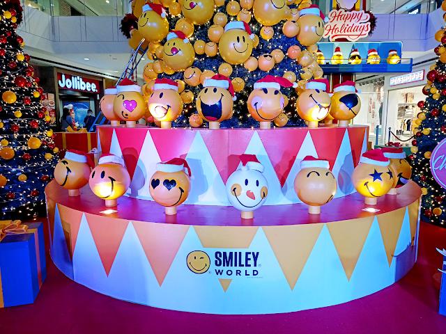 hundreds of Smiley ornaments at SM City Masinag