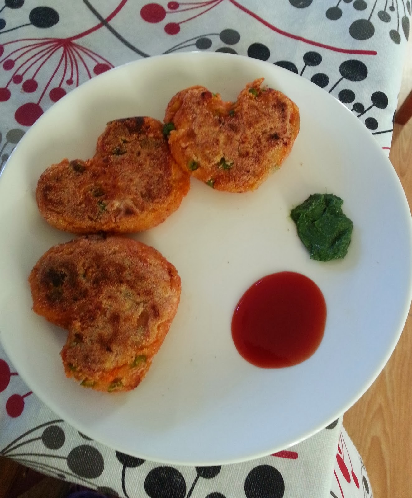 http://lav-art-craft-food.blogspot.com.au/2014/02/healthy-veg-cutlet-with-chickpea.html