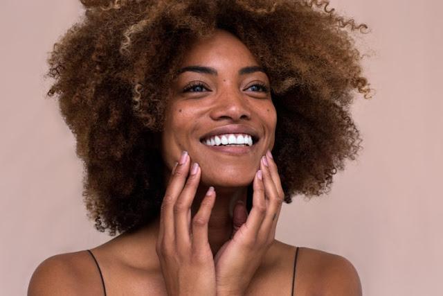وصفات لحماية الشعر من التساقط وتطويله