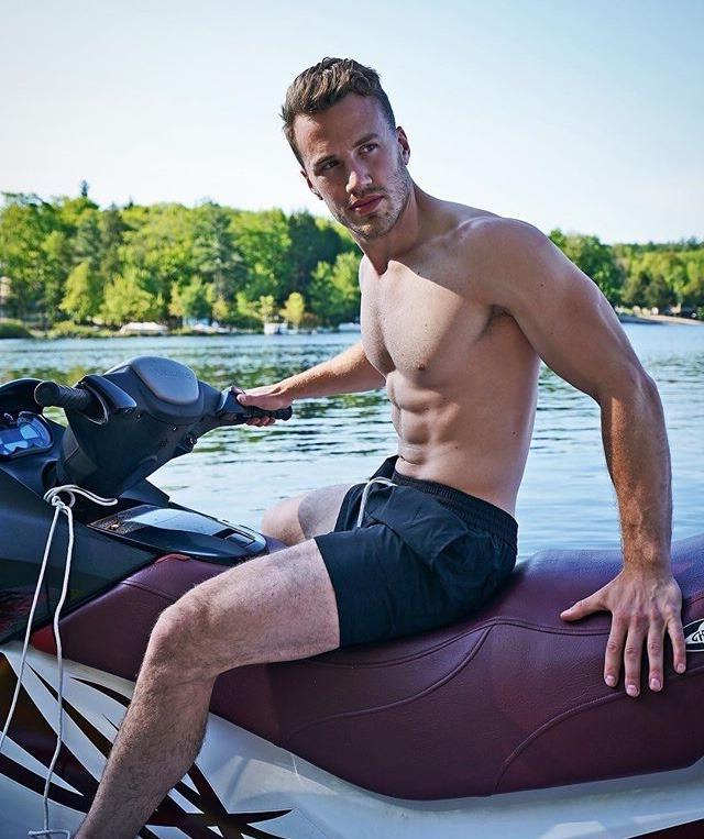 summertime-abs-guys-shirtless-fit-body-water-scooter
