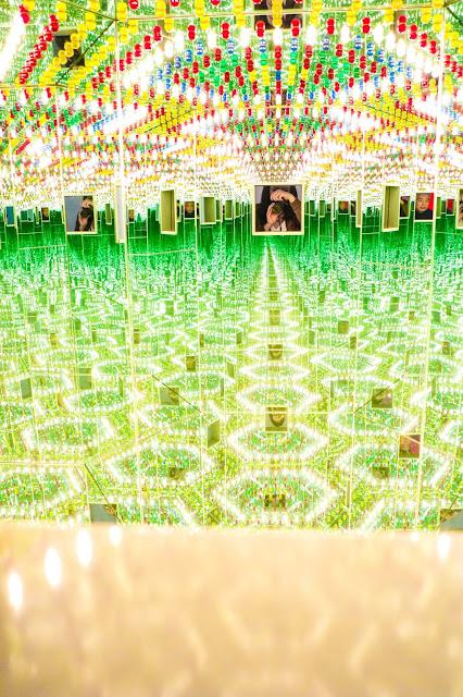 Yayoi Kusama Infinity Mirrors Lover Forever Photos Toronto