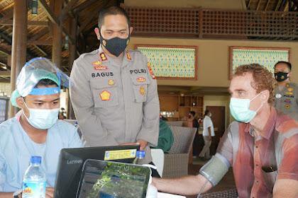Targetkan Vaksinasi Terhadap 1000 Pelaku Wisata, Kapolres Lombok Barat Lakukan Ini