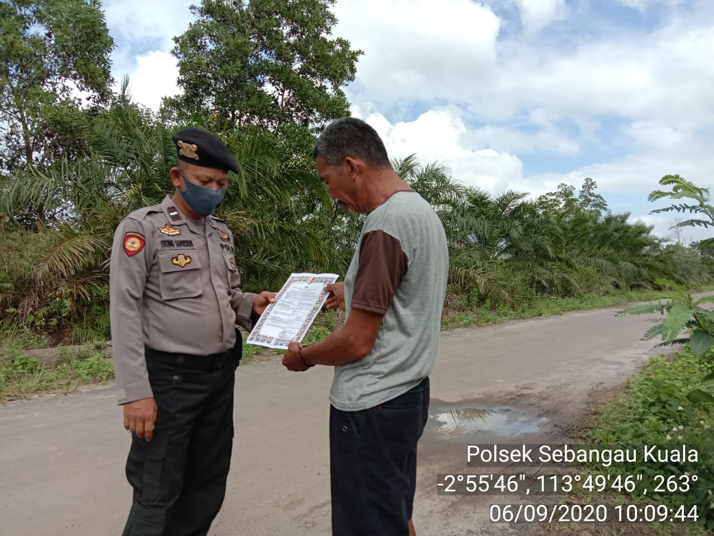 Unit Sabhara Polsek Sebangau Kuala sambangi warga Sebangau Permai agar Tidak bakar Hutan dan Lahan