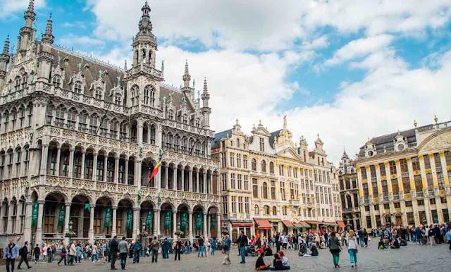 ازيد من 220 منحة مقدمة من طرف الحكومة البلجيكية ممولة بالكامل برسم سنة 2021-2022