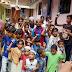 प्रधानमंत्री के जन्मदिन पर मुस्लिम समाज ने किया चादरपोशी, मिठाई बांट कर दीर्घायु की मांगी दुआ।