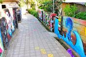 Desa Wisata Mantang, Selfi Hingga Belajar Aksara Sasak.