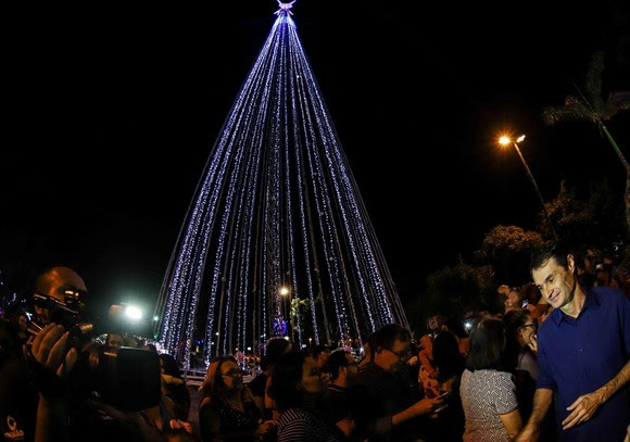 Em clima de festa, Romero abre o Natal Iluminado 2019 de Campina Grande