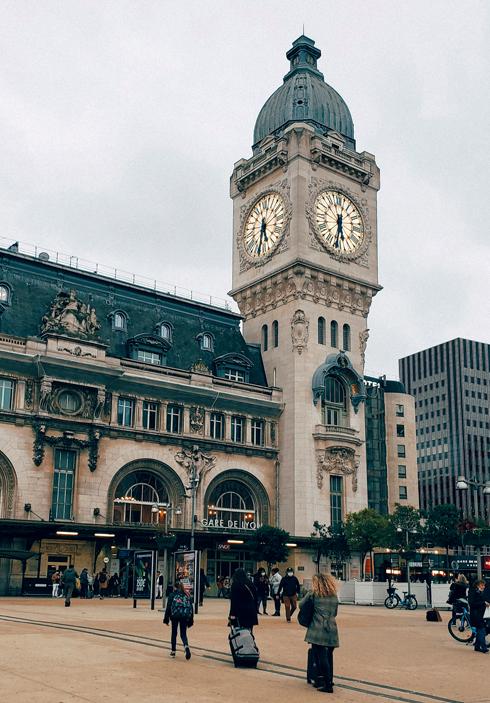 Paris Gare De Lyon Station