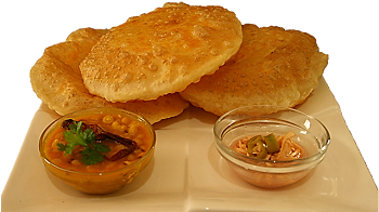 Crispy alu puri recipe for guest