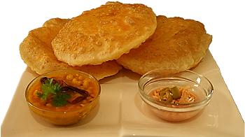 Crispy alu puri recipe for guest
