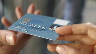 29χρονη πούλησε κλεμμένη τραπεζική κάρτα για αγορά ναρκωτικών