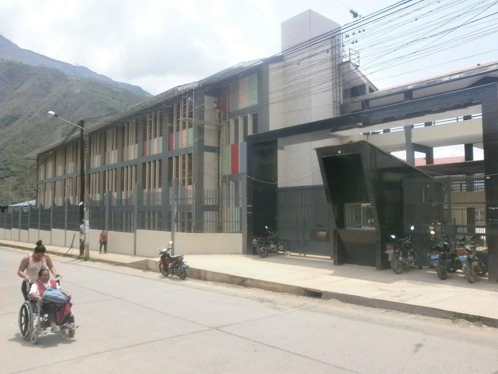 Colegio MANCO II - Quillabamba