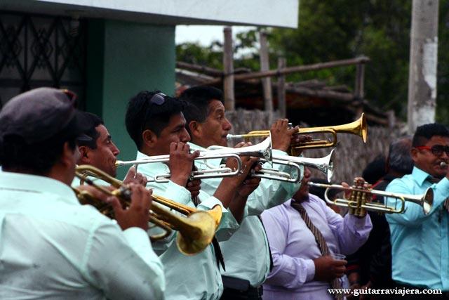 Banda de músicos en Upacá