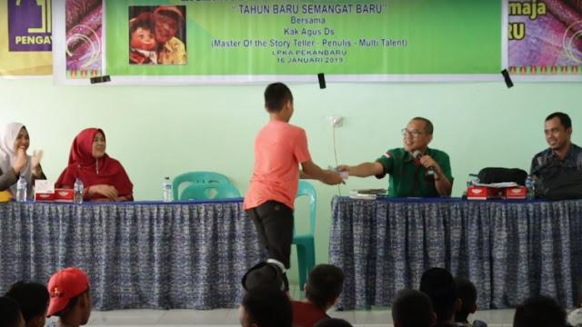 Tim Penggerak Literasi Inti Prima Aksara (INPRASA) bergerak menuju Lembaga Pemasyarakatan (Lapas) Anak-Anak (LPKA) Pekanbaru