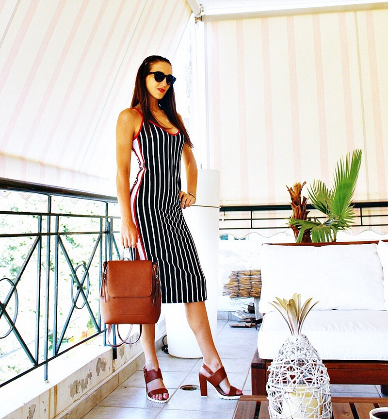 black and white striped midi dress outfit ideas with tan bag and sandals