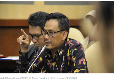 Komisi X DPR RI Tolak Siswa Kembali Bersekolah saat Corona Belum Usai