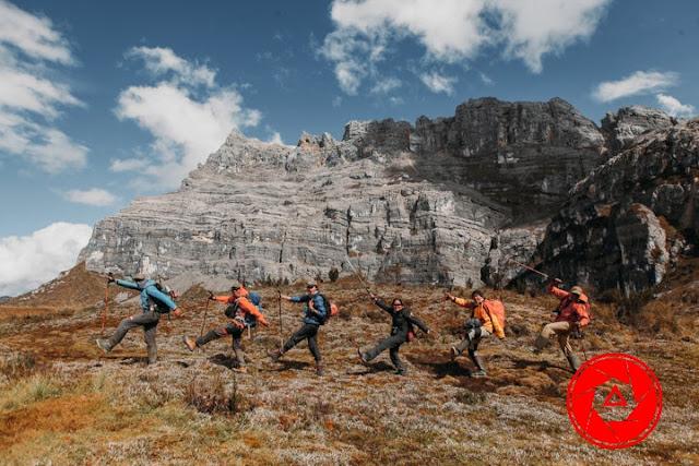 7 summits gunung tertinggi di Indonesia