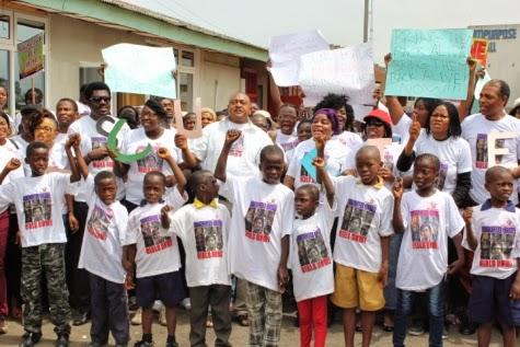 13 Femi Kuti, Jide Kosoko, Odumakin join women protesters in Lagos