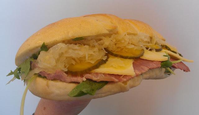 Shaky Isles, Newmarket, New Zealand, Reuben sandwich