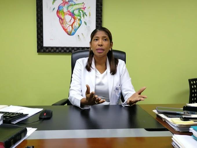 Directora hospital Rodolfo de la Cruz Lora insiste en llamado a seguir vacunándose y a completar segunda dosis