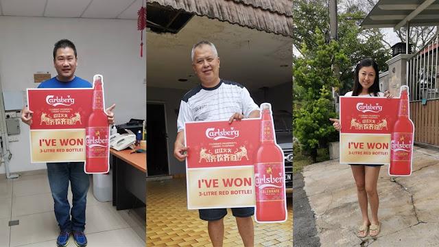 Grand prize winners Mr. Tan Swee Leong, Mr. Soon Kim Kwee and Madam Wong Sook Fong popped their Carlsberg bottle caps, winning the 3-litre Carlsberg red bottles!