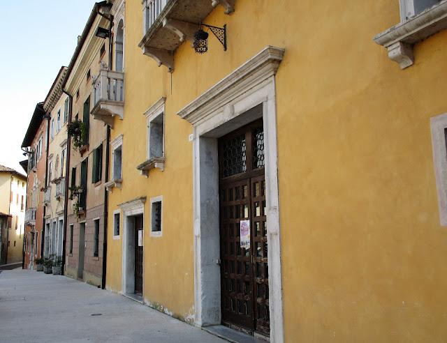 Italia ikkunaluukut