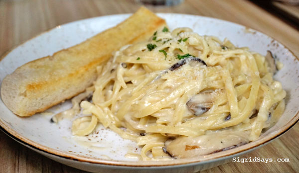 UCC Clockwork Coffee Bacolod - Bacolod restaurants - Bacolod blogger - food and coffee pairing - brewed coffee - Bacolod cafe - truffle mushroom pasta