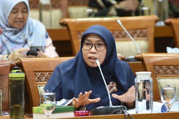 Kritik Kartu Vaksin Jadi Syarat WNA Masuk RI, Anggota DPR: Kebijakan yang Dipaksakan!