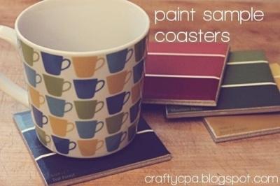 2. Tatakan gelas warna-warni terbuat dari kartu warna cat.
