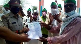 5 सूत्रीय मांगों को लेकर किसान संगठनों ने सौंपा ज्ञापन  | #NayaSaberaNetwork