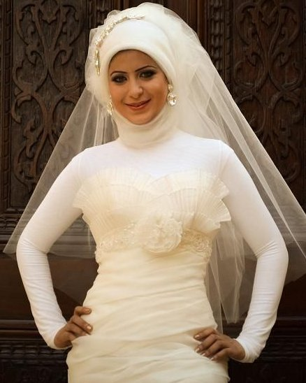 9e22bb7eb فساتين زفاف للمحجبات , صور فساتين عرس محجبات 2017 , فساتين زفاف اسلامية