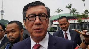 Sepertinya Peraturan Menteri Yasonna Malah Istimewakan TKA di Tengah Pandemi Corona
