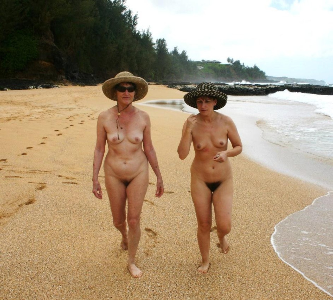 Latino nudist women maid