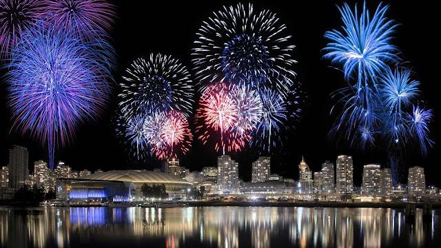 animated fireworks wallpaper