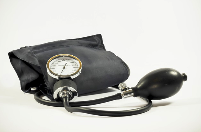 5 Ways to Lower Blood Pressure Naturally and Quickly