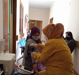 Pelaksanaan vaksin sinovac
