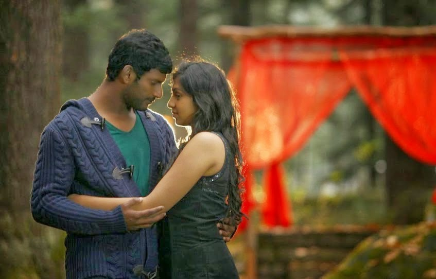 Vishal and Lakshmi Menon in Naan Sigappu Manithan Photos ... Naan Sigappu Manithan Lakshmi Menon Kiss
