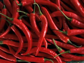 أفضل 10 علاجات عشبية في مطبخك Buy-red-peppers-Red-