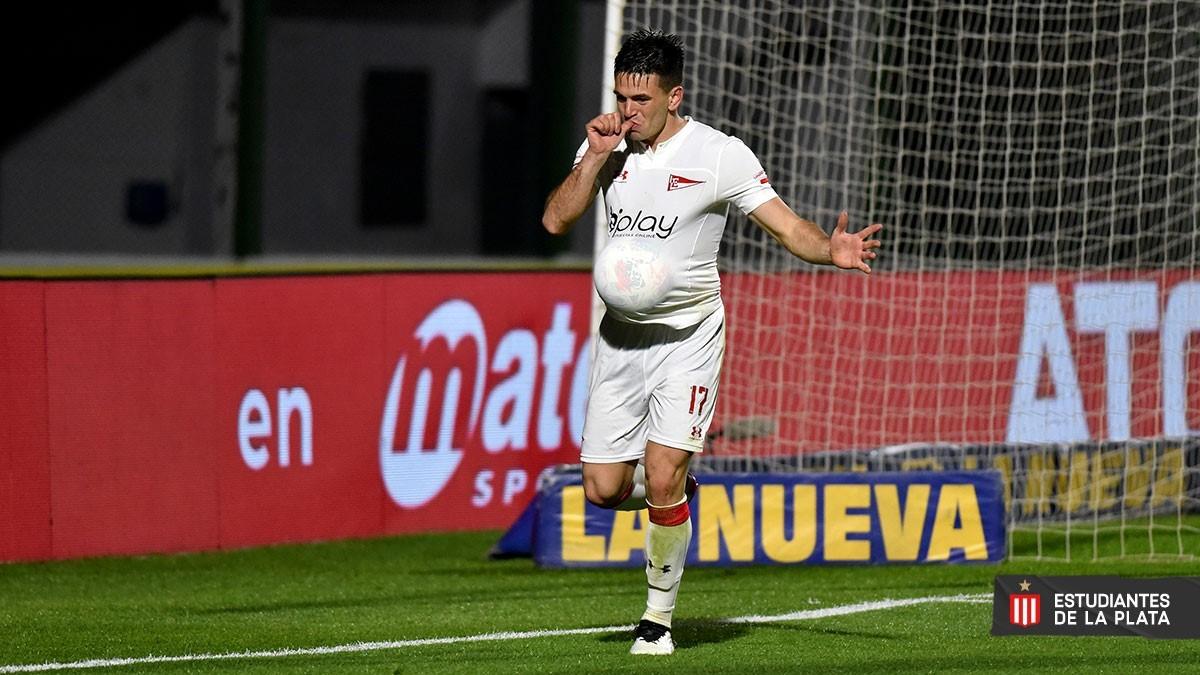 Estudiantes fue contundente y goleó a Sarmiento en Junín