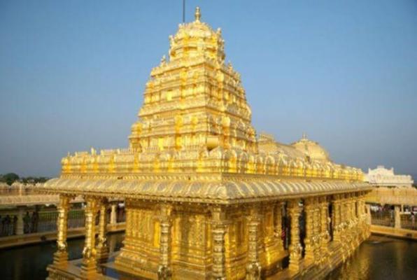 तमिलनाडु के वेल्लोर नगर के मलाईकोड़ी पहाड़ों पर महालक्ष्मी मंदिर स्थित है।