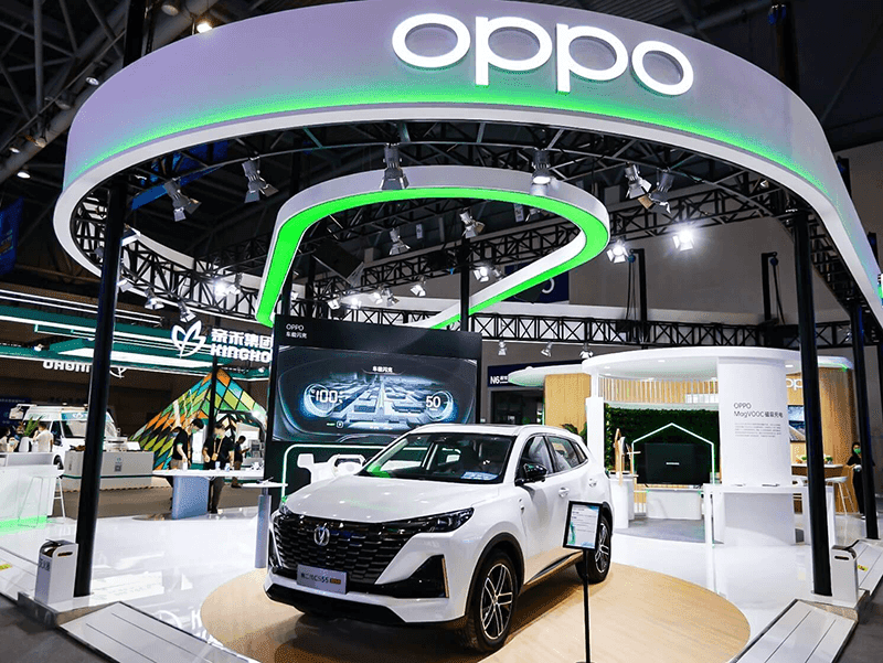 OPPO highlights its smart in-car connectivity