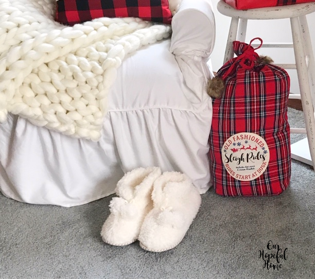 large chunky knit blanket white slipcover red plaid gift sack with fur ball ties